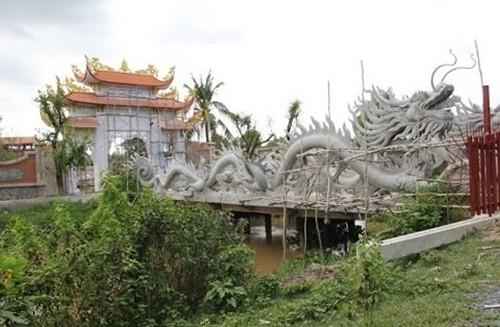 Đền thờ Tổ của Hoài Linh buộc phải phá dỡ sau xử phạt hành chính - ảnh 3