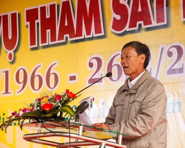 Giáo sư HQ quỳ gối xin lỗi hơn 1.000 người bị sát hại ở Bình Định - ảnh 4