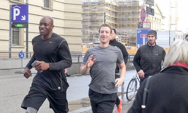 Bị IS dọa giết, Mark Zuckerberg cho vệ sĩ 'vây quanh tứ bề' - ảnh 4