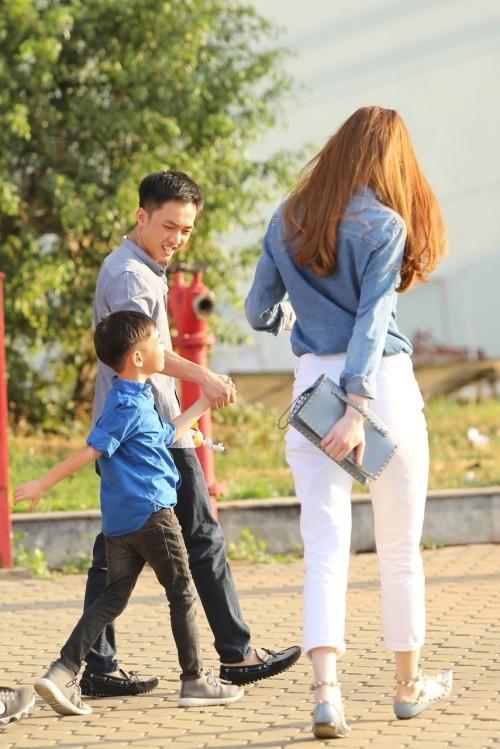 Hà Hồ - Cường Đô la nắm tay con trai giữa bão scandal - ảnh 3