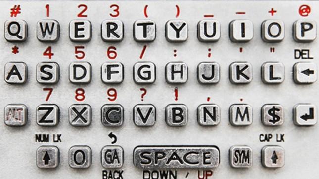 Vì sao bàn phím máy tính không xếp theo thứ tự ABC mà là QWERTY? - ảnh 2