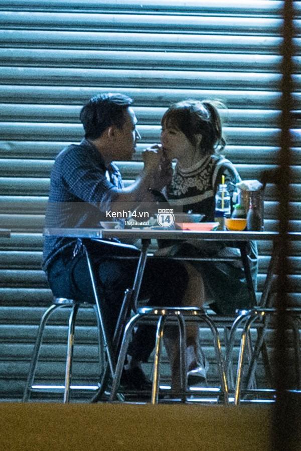 Trấn Thành và Hari Won hôn nhau say đắm giữa đêm - ảnh 10