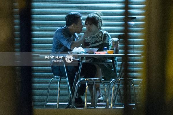 Trấn Thành và Hari Won hôn nhau say đắm giữa đêm - ảnh 11