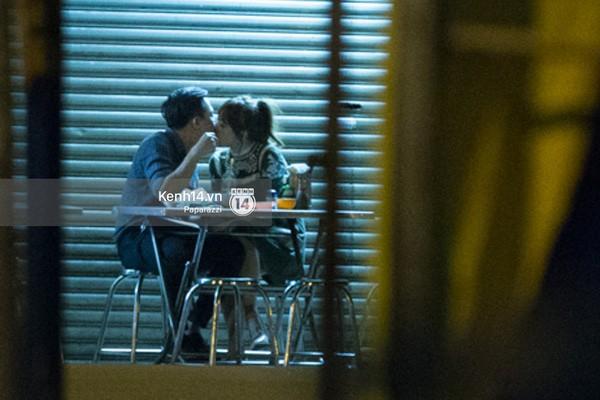 Trấn Thành và Hari Won hôn nhau say đắm giữa đêm - ảnh 13