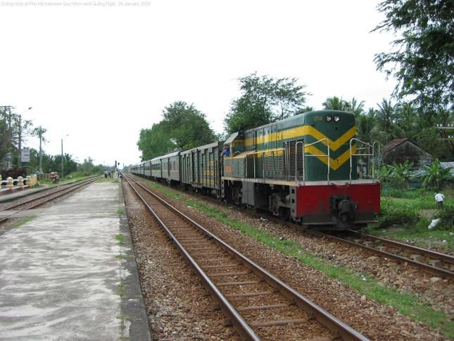 Đường sắt Hà Nội dự định mua trăm toa xe cũ từ TQ - ảnh 1