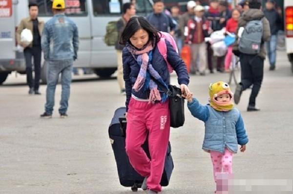 Hàng nghìn người chật vật rời Thủ đô dịp Tết Nguyên đán - ảnh 9