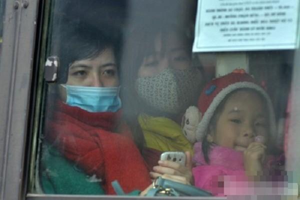 Hàng nghìn người chật vật rời Thủ đô dịp Tết Nguyên đán - ảnh 10