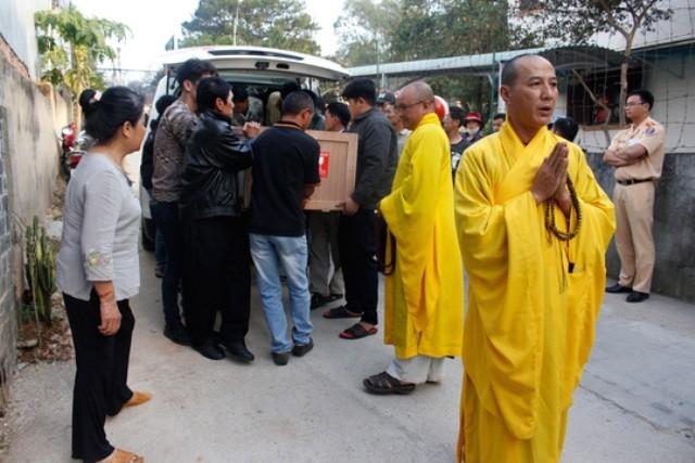 Thi thể bà Hà Linh về với gia đình sau 4 tháng bị sát hại ở TQ - ảnh 1