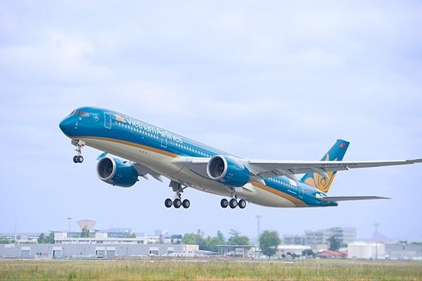 Máy bay Vietnam Airlines bị giảm áp suất, 1 tiếp viên bị thương - ảnh 1