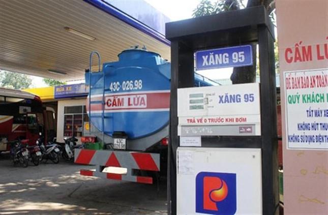 Petrolimex cam kết bồi thường cho xe chết máy do xăng A95 - ảnh 1