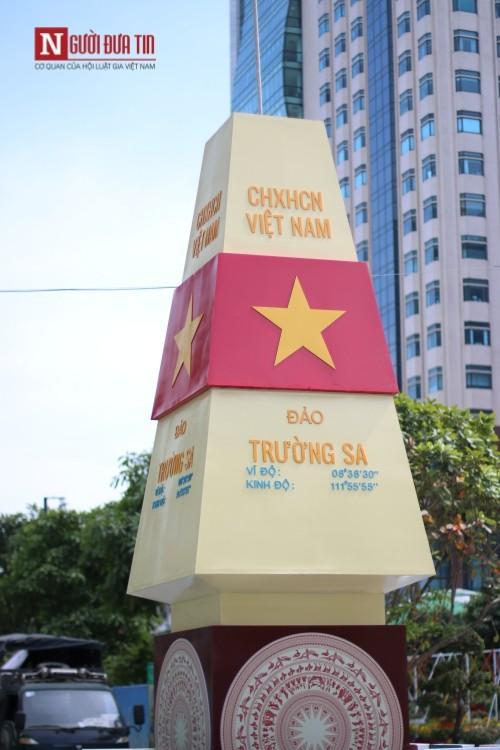 Đường hoa Nguyễn Huệ ngập tràn sắc xuân ngày khai hội - ảnh 28