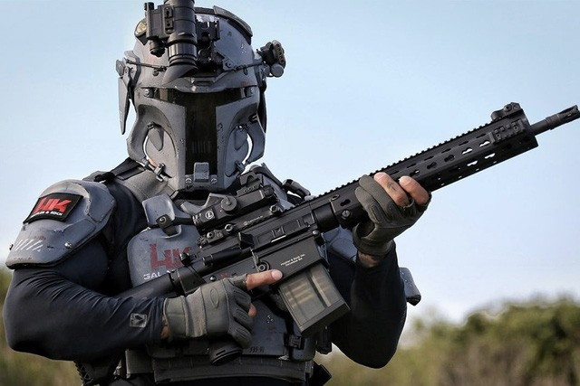 Áo giáp trong phim viễn tưởng sắp thành sự thật - ảnh 2