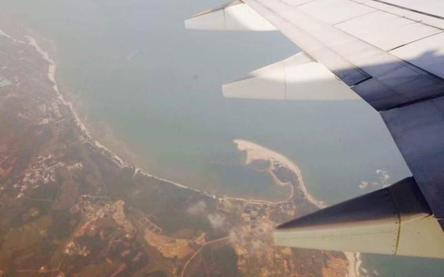 TQ đưa máy bay chở khách hạ cánh trái phép xuống đảo Phú Lâm - ảnh 1