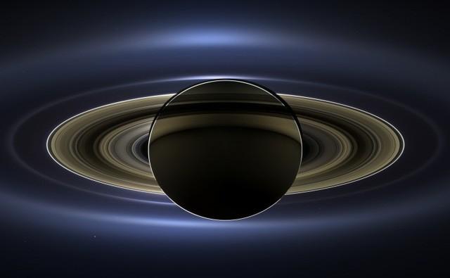 Hơn 400 năm, vành đai sao Thổ đã 'lừa dối' chúng ta như thế nào? - ảnh 1