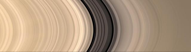 Hơn 400 năm, vành đai sao Thổ đã 'lừa dối' chúng ta như thế nào? - ảnh 4