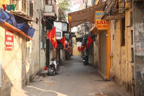 Ngày mùng 1 Tết với người dân Thủ đô Hà Nội - ảnh 2
