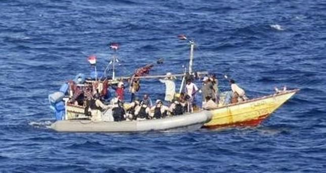 Tàu chở du khách Việt chìm ngoài khơi Campuchia - ảnh 1
