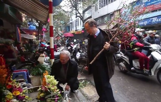 Đại sứ EU kể chuyện làm rể Việt Nam  - ảnh 4
