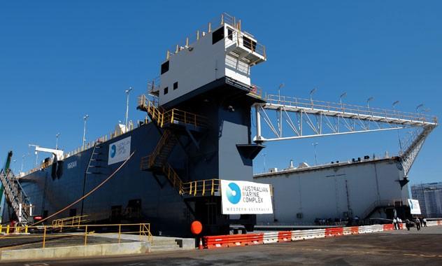 TQ sẽ sớm đưa bến tàu nổi tự hành đầu tiên đến Biển Đông? - ảnh 1