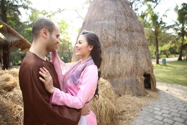 Ngắm ảnh cưới cực chất của 'cô gái xấu xí' Xuân Thùy và chồng Tây - ảnh 8