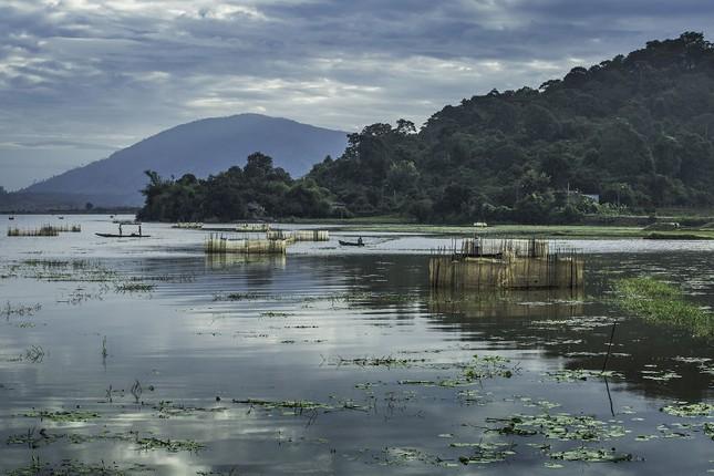 Việt Nam đẹp thanh bình qua ống kính nhiếp ảnh gia người Pháp - ảnh 7