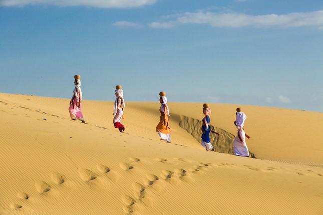 Việt Nam đẹp thanh bình qua ống kính nhiếp ảnh gia người Pháp - ảnh 10