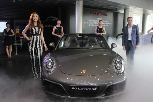 Mãn nhãn với loạt siêu xe Porsche 911 giá từ 6,7 tỷ đồng - ảnh 5