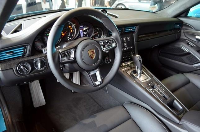 Mãn nhãn với loạt siêu xe Porsche 911 giá từ 6,7 tỷ đồng - ảnh 3