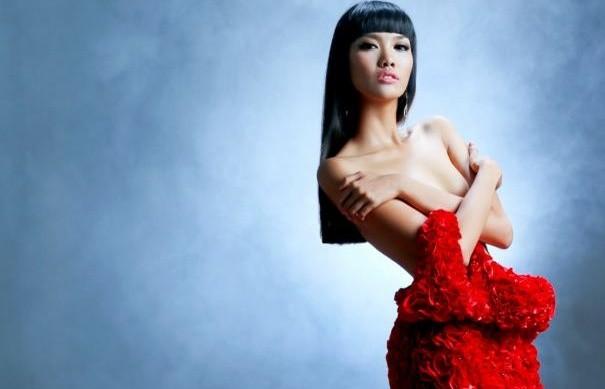 Lan Khuê là người đẹp Việt duy nhất top 50 Miss Grand Slam 2015 - ảnh 1