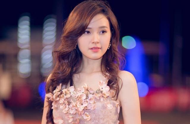 Hot girl Midu buồn bã vì Phan Thành vì ngựa quen đường cũ? - ảnh 1
