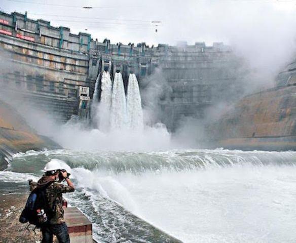 'Bom nước' từ hồ đập Trung Quốc có thể nhấn chìm ĐBSCL - ảnh 1