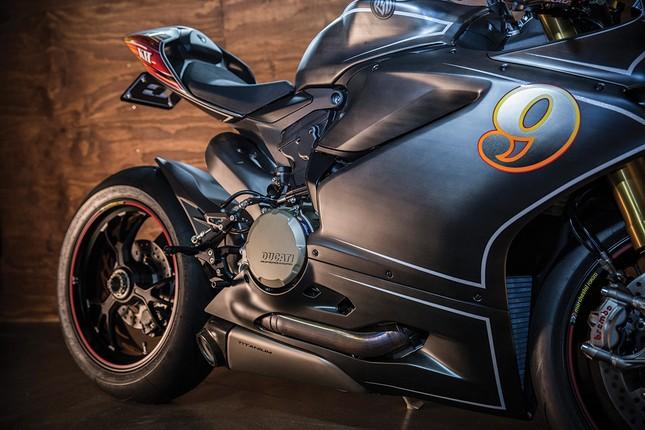 KH9 Ducati Panigale 1199S: Không chỉ là xe mà còn là nghệ thuật - ảnh 2