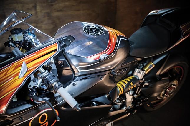 KH9 Ducati Panigale 1199S: Không chỉ là xe mà còn là nghệ thuật - ảnh 3