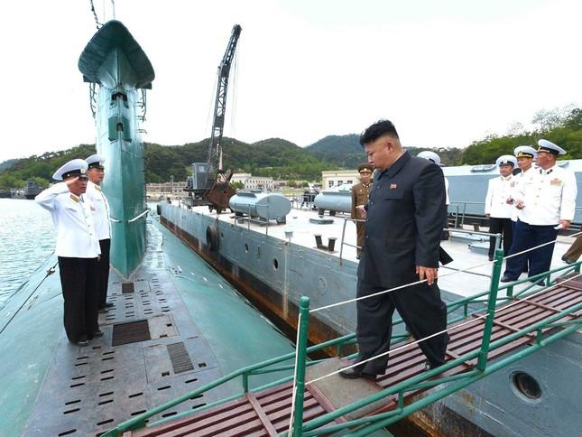 Tàu ngầm Triều Tiên mất tích hay bị chìm do trục trặc kỹ thuật? - ảnh 1