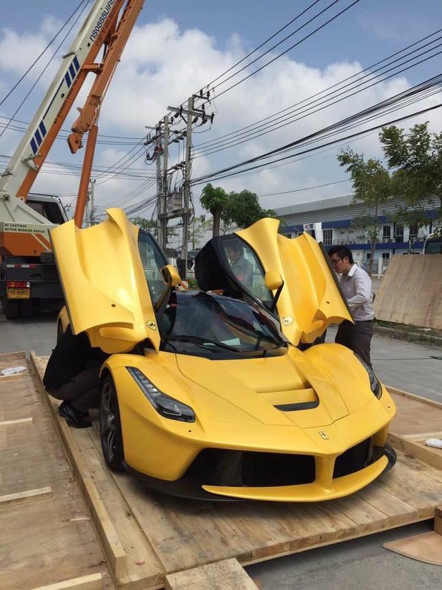 Ngỡ ngàng trước siêu phẩm Ferrari LaFerrari đầu tiên tại Thái Lan - ảnh 4