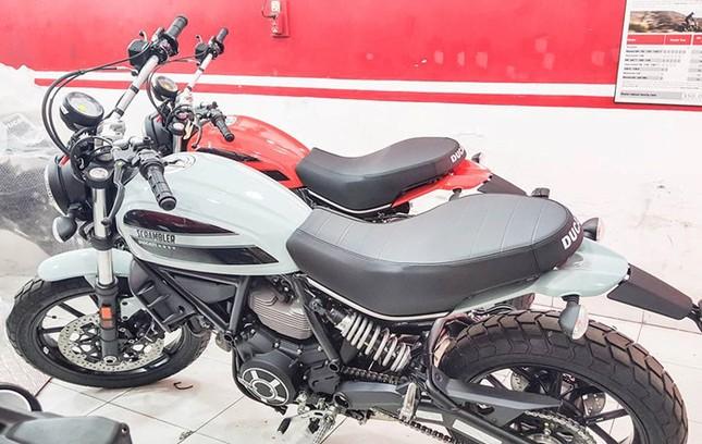 'Soi' mô tô giá mềm nhất nhà Ducati mới xuất hiện tại Việt Nam - ảnh 1