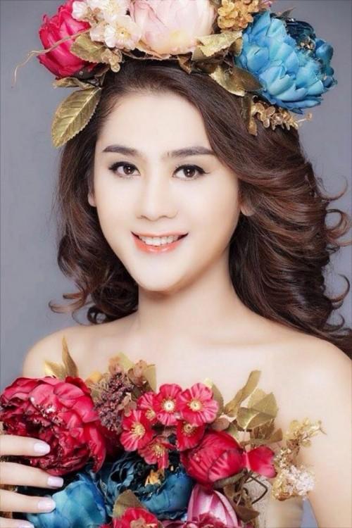 Mr Đàm, Hà Hồ, Quang Vinh và các thành viên của 'hoàng tộc Vpop' - ảnh 8