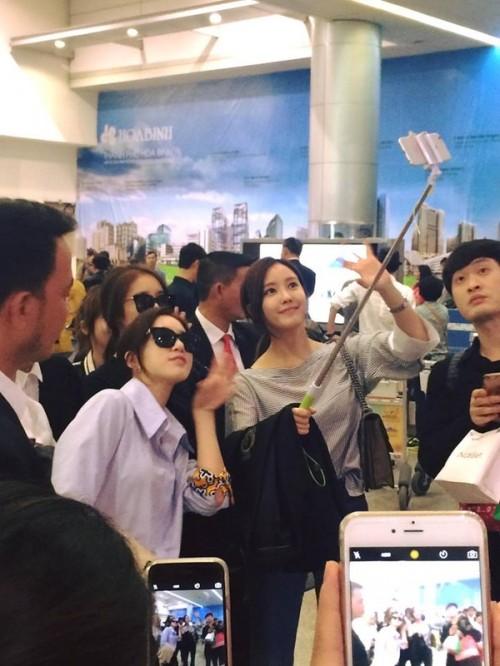 Fan Việt náo loạn vì nhóm T-ara diện áo dài thướt tha tại Sài Gòn - ảnh 2
