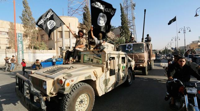 Iraq cam kết trả đũa sau vụ IS tấn công bằng vũ khí hóa học - ảnh 1