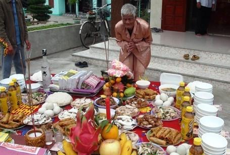 Cụ ông 88 tuổi làm giỗ chung 64 liệt sỹ Gạc Ma - ảnh 4