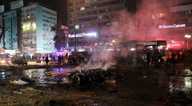 Đánh bom rung chuyển Ankara, ít nhất 159 người thương vong - ảnh 1
