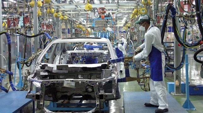 Ô tô dưới 9 chỗ sẽ được giảm thuế tiêu thụ đặc biệt? - ảnh 1