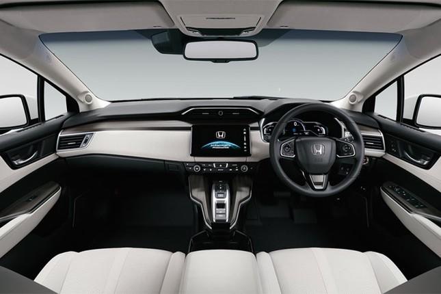 Honda ra mắt Clarity chạy gần 1.000 km bằng pin nhiên liệu  - ảnh 3