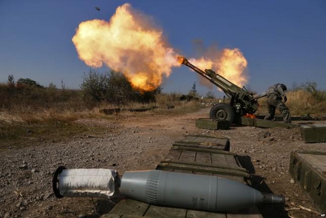 Ukraine: Giao tranh ác liệt diễn ra trên khắp Donbass - ảnh 1