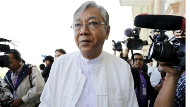 Ông Htin Kyaw trở thành tổng thống dân sự đầu tiên của Myanmar - ảnh 1