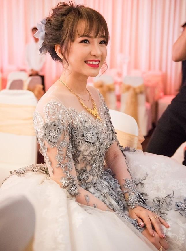Mãn nhãn vẻ đẹp của nữ sinh ngân hàng - Cô dâu 9X của Nam Cường - ảnh 2