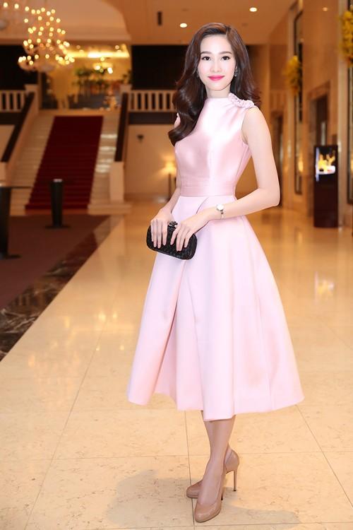 Dàn Hoa hậu đổ bộ trong họp báo tìm người 'thế chân' Kỳ Duyên - ảnh 7