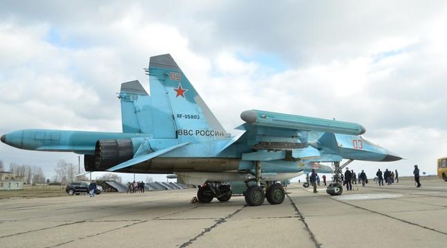 Nhóm chiến đấu cơ Nga thứ hai cất cánh rời căn cứ Syria - ảnh 1