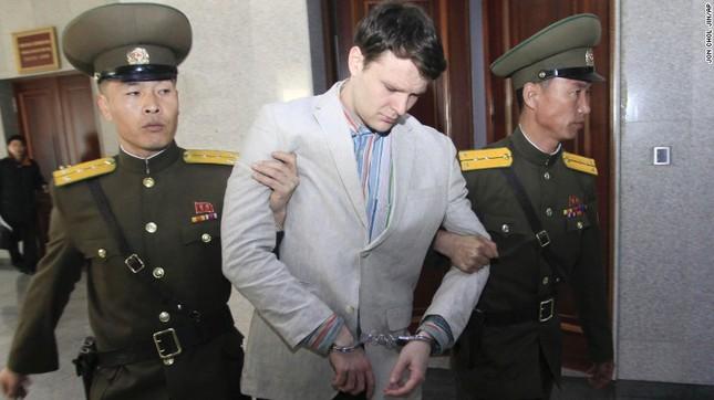 Sinh viên Mỹ bị Triều Tiên kết án 15 năm lao động khổ sai - ảnh 1