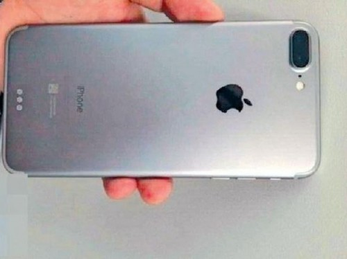 Rò rỉ hình ảnh thật của iPhone 7 Plus với camera kép 'siêu lồi' - ảnh 1